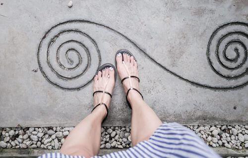 捷運中山站I.A專業美睫 | 凝膠指甲為夏日露腳趾準備 美甲同時接睫毛是貴婦享受啊